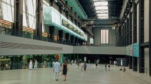 1024px-Tate_modern_london_2001_03